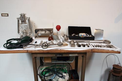 Disaster Kit, Surgery, 2009